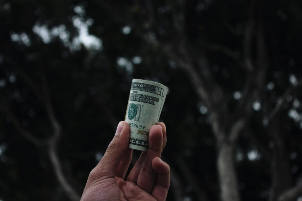 What is the Level of Social Media Marketing Salaries